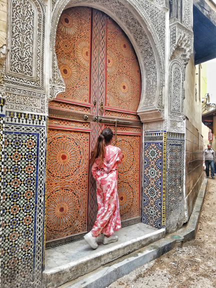 travel-to-morocco-alone-fes